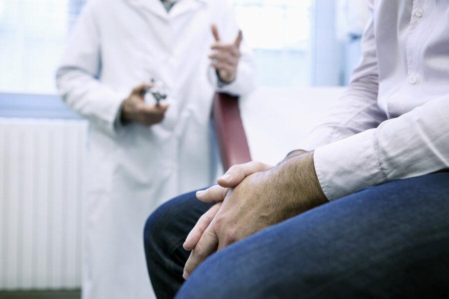 сифилидолог и пациент